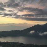 Ausicht von Mt. Batur - Bali Sunrise
